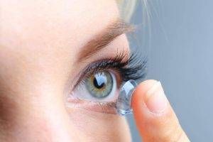 contacts eye close up woman - Newington contact lenses